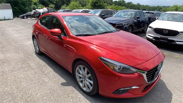 Pre-Owned 2017 Mazda3 Grand Touring Base